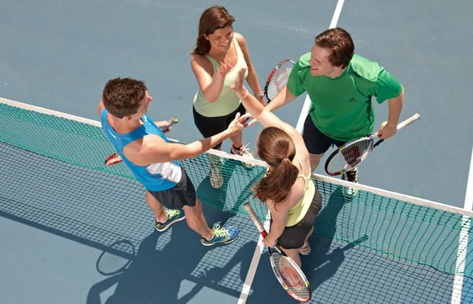 Family Social Tennis