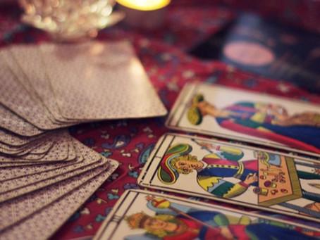 Mundo Tarot: Descubriendo el mazo.
