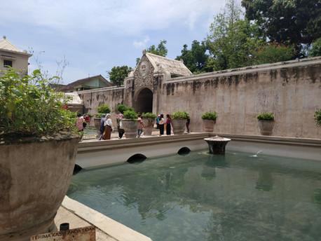 Keindahan Taman Sari Keraton, Wisata Air Bersejarah di Yogyakarta