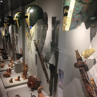 Miğfer ve Silahlar / Pella Arkeoloji Müzesi