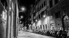 Florence at Night: Photos From Abroad