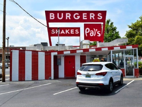 Pal's Sudden Service, Kingsport, Tennessee
