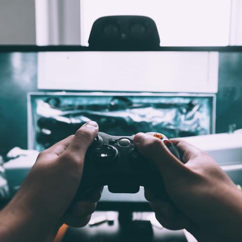 Do Gamers Make Better Lucid Dreamers?