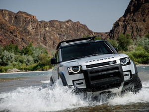 NEW LAND ROVER DEFENDER SET TO LAUNCH IN INDIA ON 15th OCTOBER