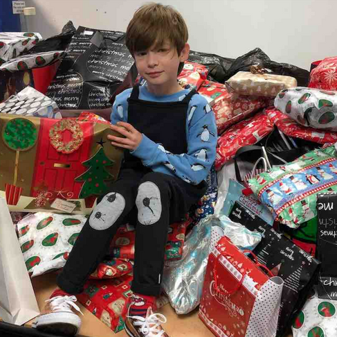 10-Year-Old Donates Hundreds of Pajamas and Books to Kids in Shelters