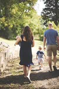 FAMILY WALKING WITH CHILDREN
