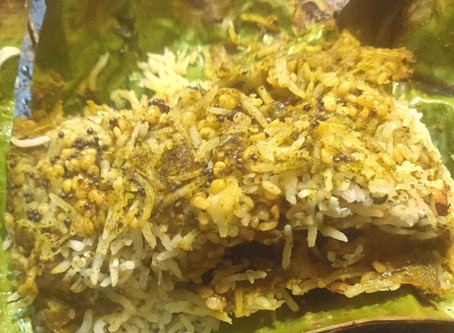 Curry Leaves & Tamarind Rice (wrapped in Banana Leaves) - Gut-Friendly, Antioxidant Rich