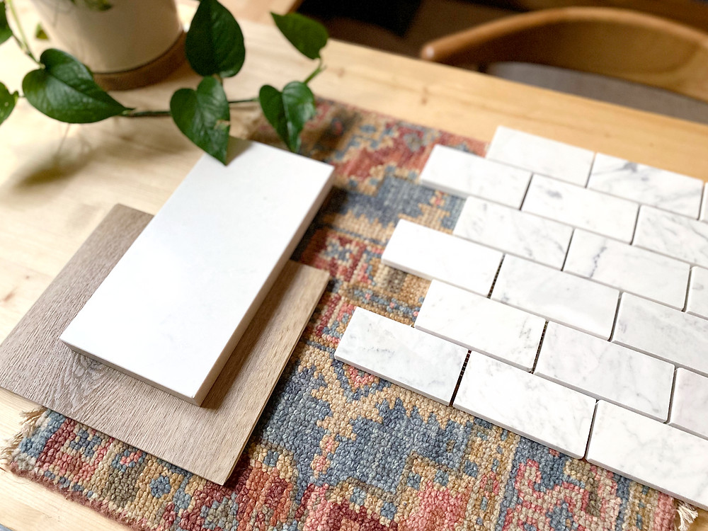 small scale marble subway tile backsplash