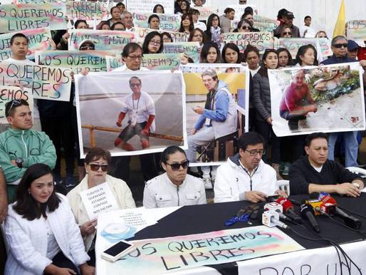 Ecuador y Colombia actuarán sin contemplaciones, si en 12 horas no tienen noticia de los reporteros