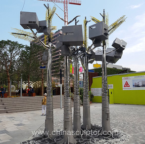 Stainless Steel 316 Artworks Designed By Hong Kong Artist, Located In front of Hong Kong Museum