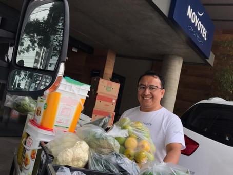 Em Curitiba, Restaurante QCeviche doa 250kg de alimentos para Pequeno Cotolengo