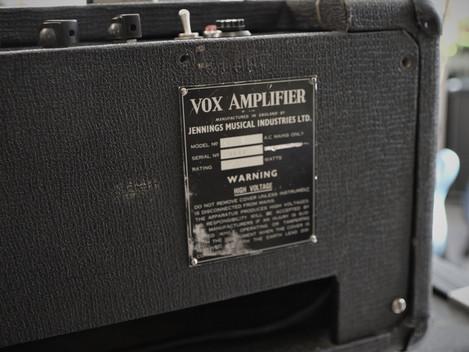 Begagnad Vox AC-50 komplett med högtalare från 1966: 19999:-