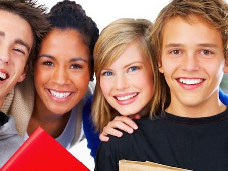 COMMENT L'HYPNOTHÉRAPIE PEUT  AIDER NOS ADOLESCENTS !
