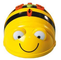 L'ape robot vola a casa dei bambini delle scuole Eta-Beta 6.0 e Caramello di Pisa