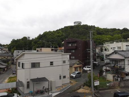 ここはどこでしょう(*^A^*)?  麻姑の小町伊島 たかはし。