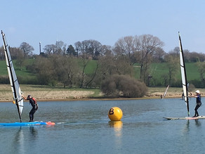 Light winds at Hollowell