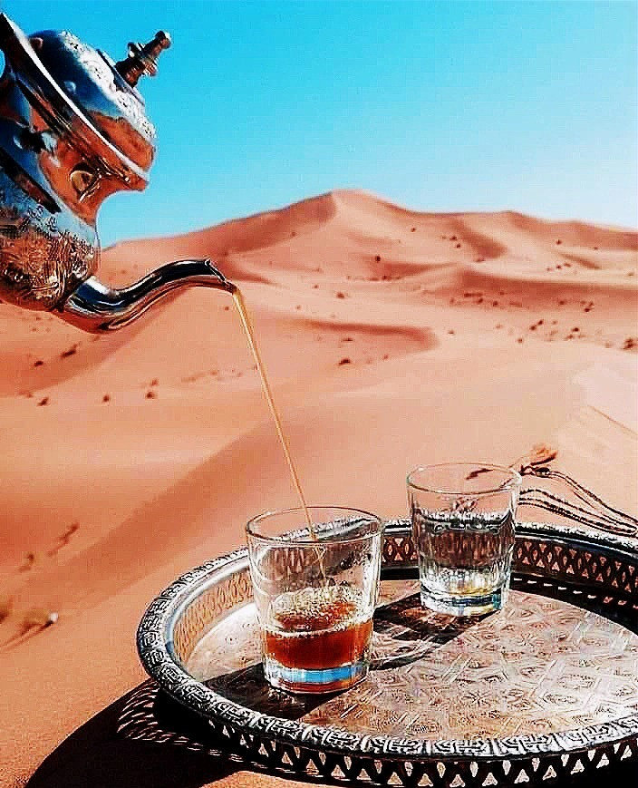 making authentic Moroccan Mint Tea by Berber