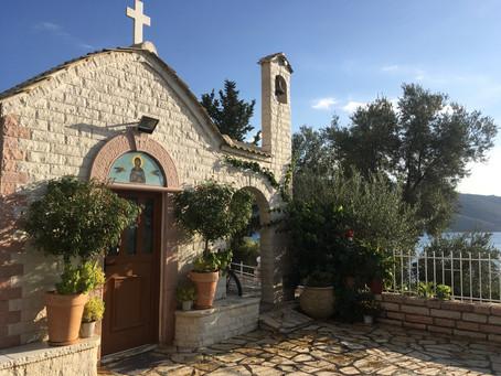 Semaine 14 : de Corfou à Patras, des bivouacs...