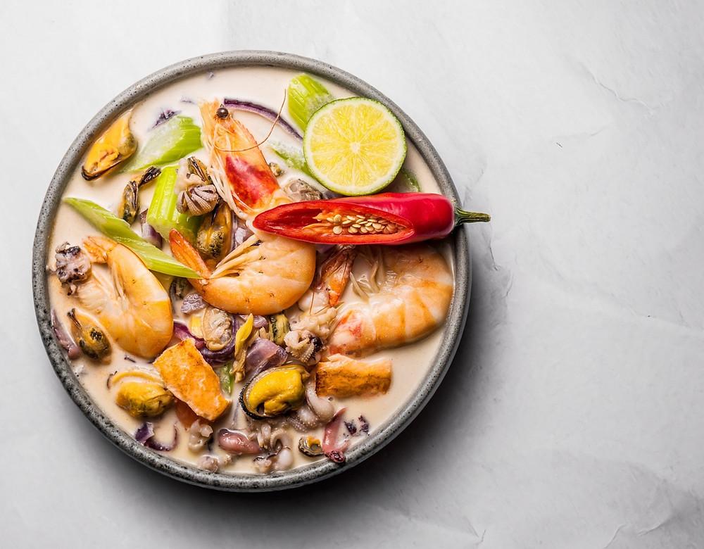 sriuba su jūros gėrybėmis