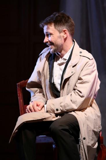 Кирилл Гребенщиков в спектакле «Семейный ужин в половине второго»