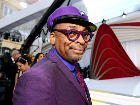 After over 30 years in the business, #SpikeLee just won his first #Oscar. 👏🏾