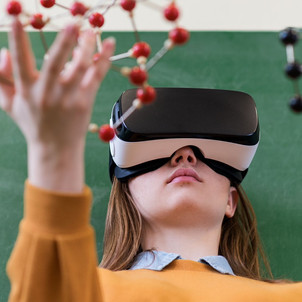 Educação Moderna  X  Educação Tradicional: Qual Melhor Modelo para a Era da Transformação Digital?