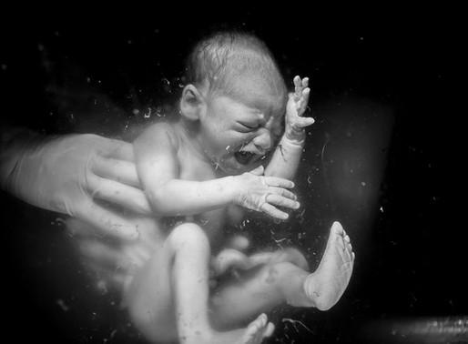 Une naissance en maternité.Témoignage: La naissance d'Isaac. Par Volana Lemaitre