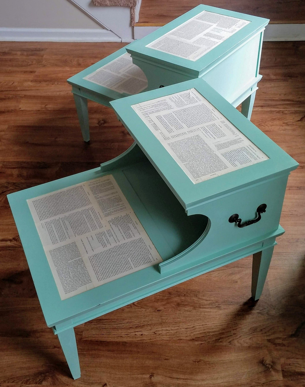 Finished chalk paint turquoise side tables