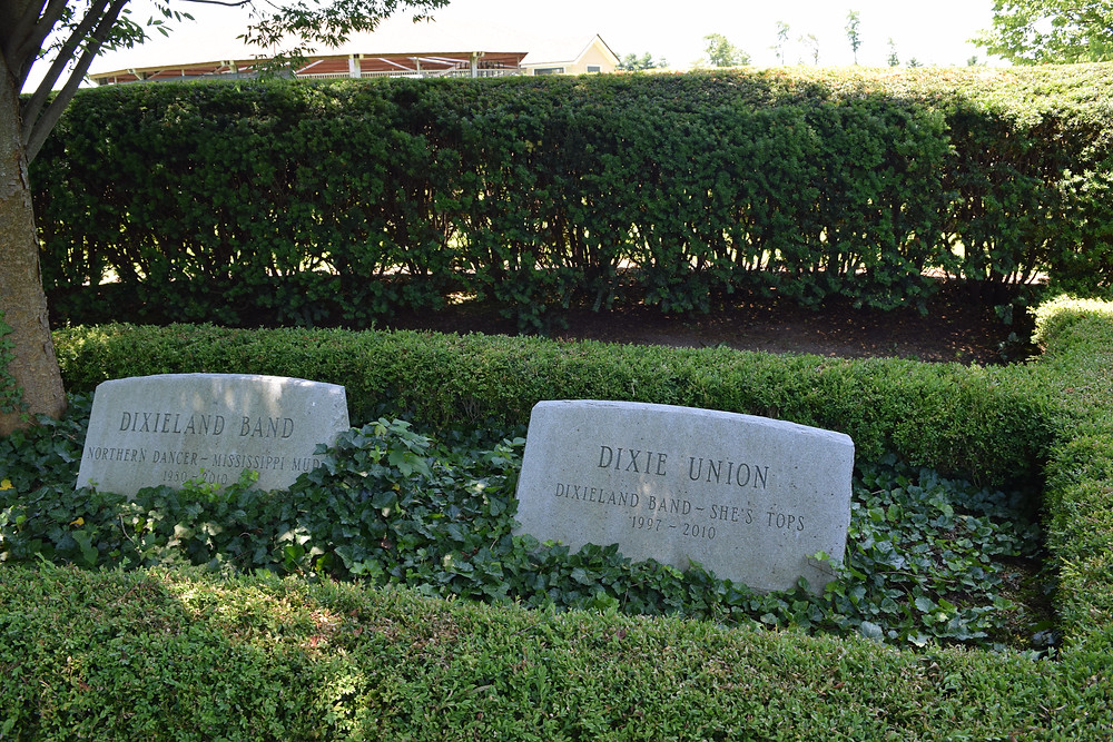 The graves of Dixieland Band and Dixie Union at Lane's End Farm.