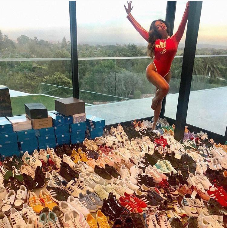 Beyoncé fecha com Adidas