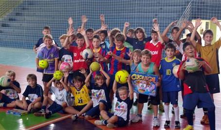 Município oferece esporte às crianças durante as férias
