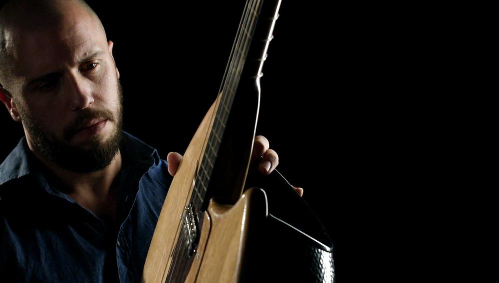 Electric lute, Dimitris SIderis