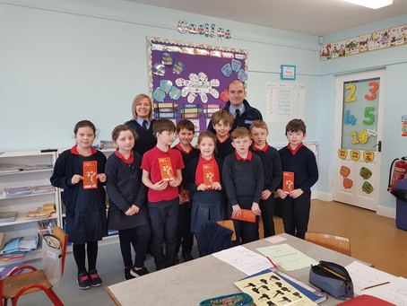 The Gardaí made a special visit to our Junior room to talk about Internet Safety. Thanks v. much.