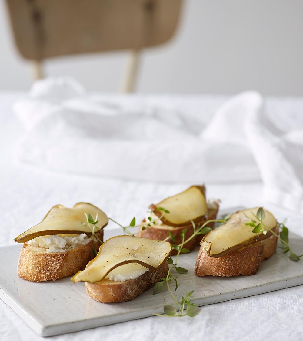 Bruschetta med pære og timian