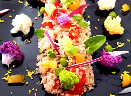 Quinoa multicolor: Avocado e verdure, la salute in tavola