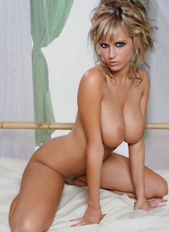 Nude Blond Babes 3.jpg