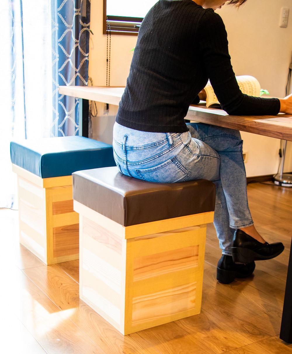 椅子茶箱 色は2色
