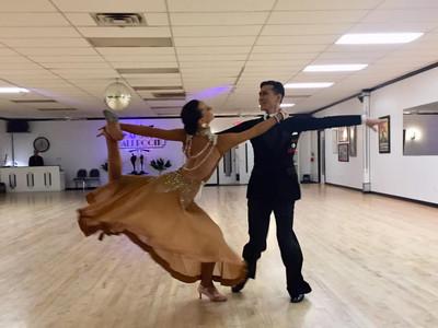 Dr.Jang & Adele's Waltz Show