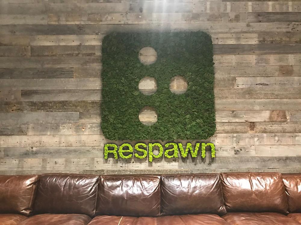 Добро пожаловать в Respawn! Это рядом с вестибюлем