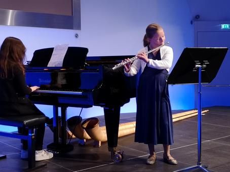 Jugendliche Musikschule mischt bunt