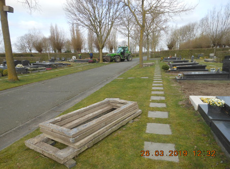 Ontruiming van 65 niet-verlengde graven op de begraafplaats Hogenakker