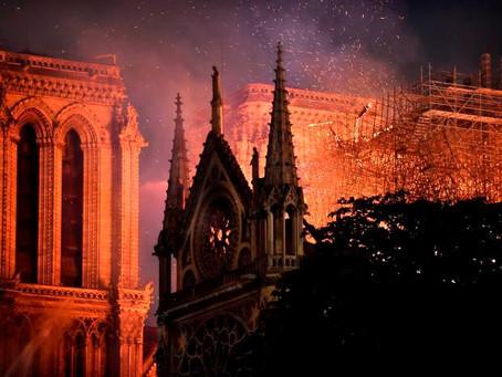 100 millones de euros donará el esposo de Salma Hayek para la reconstrucción de Notre Dame