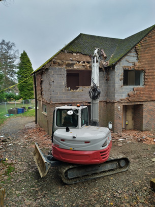"""Moving forward with a careful building """"recycling"""""""