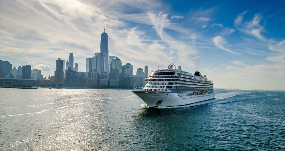 Ocean cruise ship Viking Star sailing in New York
