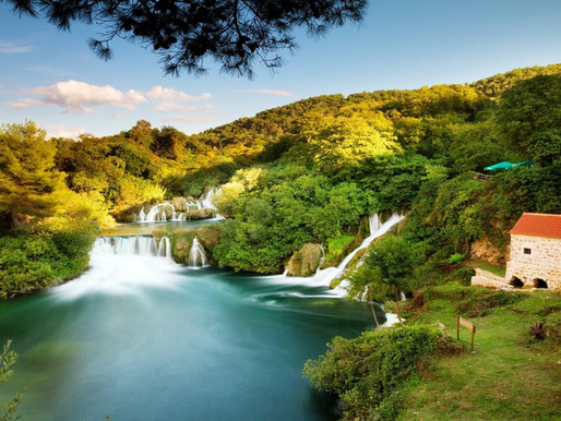 How to travel from Split to Krka National Park?
