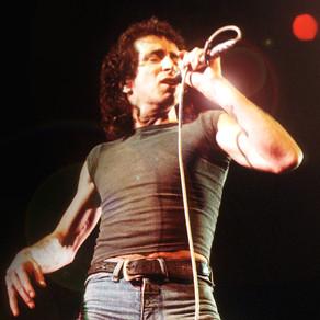AC/DC - Highway to Hell (Bon Scott)