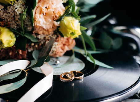 20 Vintage-Feel Wedding Songs for 2020