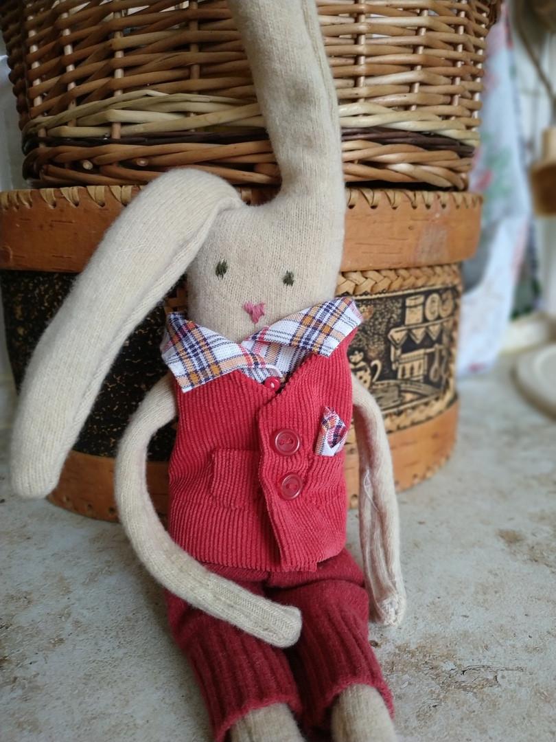 Такого зайца сделала Даша, чтобы отвлечься от бытовых проблем.