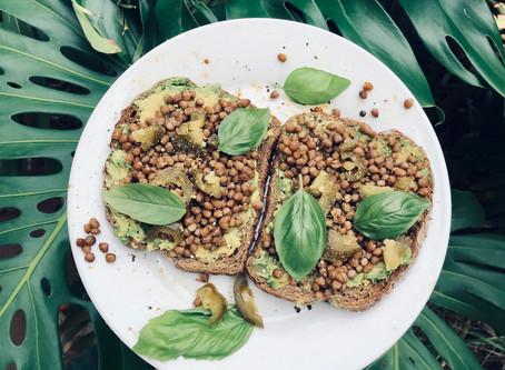 Smashed Avocado with Spicy Lentils