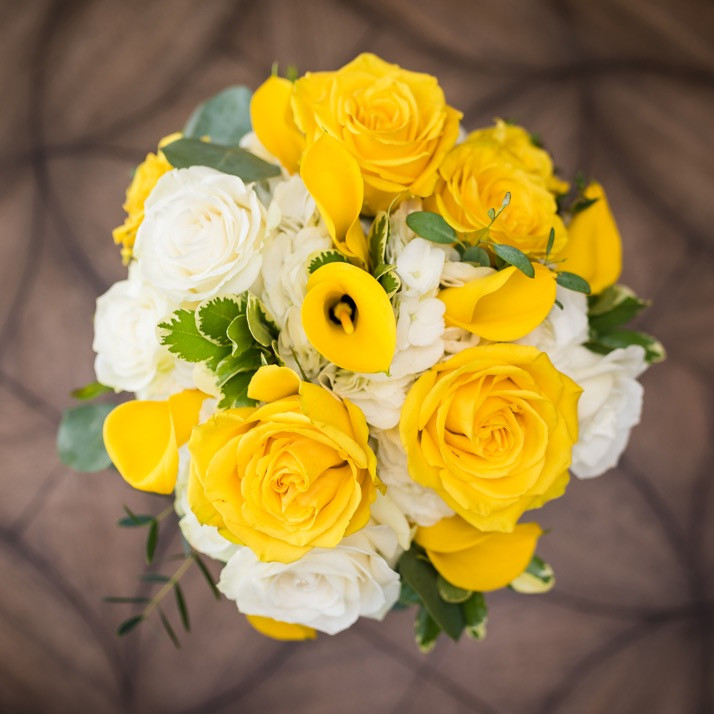 Lake of the Ozarks Wedding Flowers Low Key